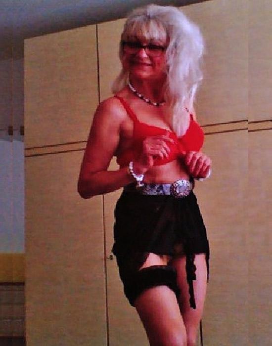 Natacha (52 ans, Rouen)